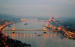 Maďarsko: Budapešť, tokajské víno a wellness! Zájezd na 2 dny/ 1 noc se snídaní za 2 390 Kč!