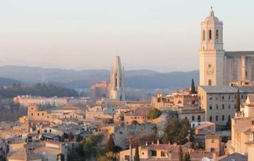 Španělsko: Girona z Bratislavy v říjnu za 928 Kč!/ zpáteční letenka!