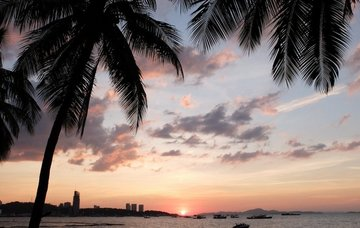 Thajsko: Pattaya z Vídně v březnu na 10 nocí se snídaní za 16 790 Kč!