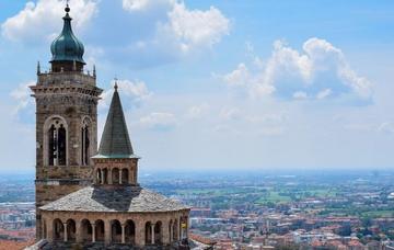 Itálie: Bergamo z Prahy v únoru již od 518 Kč/zpáteční letenka!