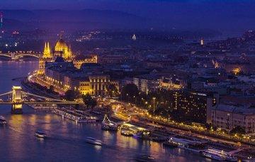 Poznávací zájezd do Budapešti v dubnu na 2 dny se snídaní za 1 999 Kč!