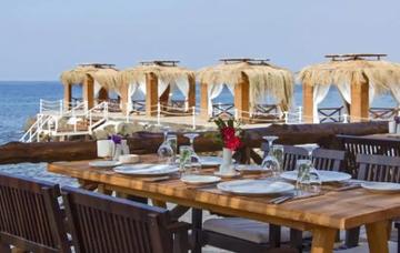 Severní Kypr v říjnu z Ostravy na 7 nocí v luxusním hotelu s polopenzí za 11 990 Kč!