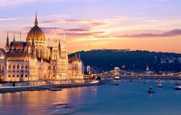 Budapešť pro 2 osoby na 3 dny se snídaní za 2 990 Kč! Ubytování v luxusním hotelu v centru města!