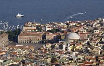 Itálie: Neapol z Prahy od ledna do února již od 1 375 Kč/ zpáteční letenka!