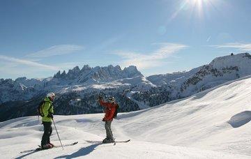 Lyžařský zájezd do Italských Dolomit na 5 dní/ 2 noci s polopenzí, wellness a skipasem za 5 299 Kč!