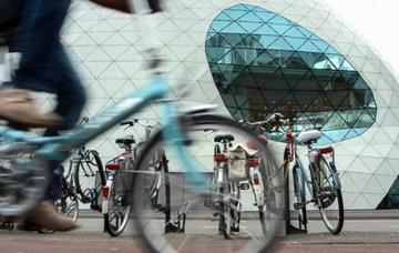 Nizozemsko: Eindhoven z Prahy v září již od 778 Kč/ zpáteční letenka!