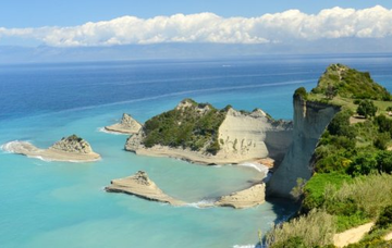 Řecko: Korfu z Bratislavy v říjnu za 1 012 Kč/zpáteční letenka!