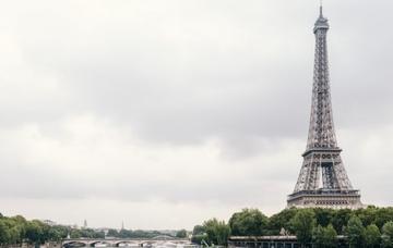 Francie: Paříž z Bratislavy v listopadu za 517 Kč/zpáteční letenka!