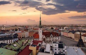 Prodloužený víkend v Olomouci pro 2 osoby na 3 dny s polopenzí za 1 799 Kč!