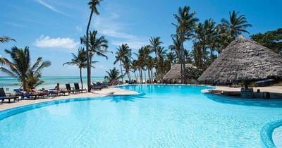 Zanzibar: Pingwe z Prahy v luxusním 5* hotelu na 11 dní s polopenzí za 25 990 Kč!