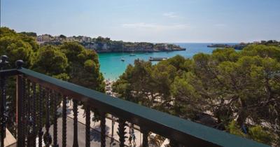 Mallorca z Vídně v dubnu v 4* hotelu na 8 dní se snídaní za 7 663 Kč! Sleva 49 %!