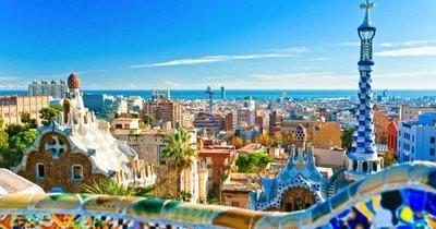 Barcelona z Vídně v březnu a dubnu za 20 Eur/zpáteční letenka!