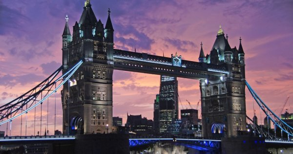 Listopad: Londýn z Ostravy za 510 Kč/zpáteční letenka