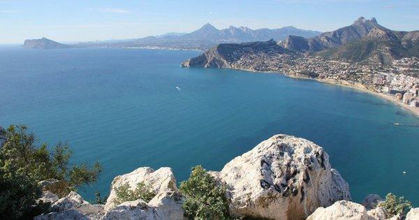 Alicante z Pardubic na jaře již od 1 208 Kč/ zpáteční letenka!