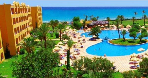 Last Minute zájezd: Tunisko z Prahy na 15 dní v 5* hotelu s All Inclusive za 12 390 Kč! Sleva 50 %!