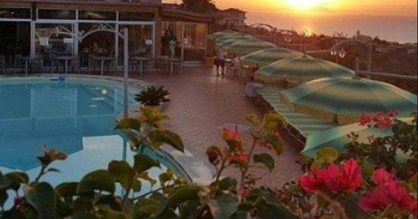 Itálie: Kalábrie z Prahy na 8 dní s polopenzí za 9 900 Kč!