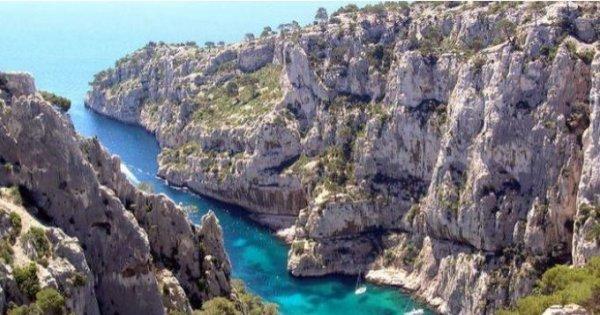 Z Prahy do Marseille v červnu za 38 Eur/zpáteční letenka + 2x zavazadlo! Provence a Azurové pobřeží!