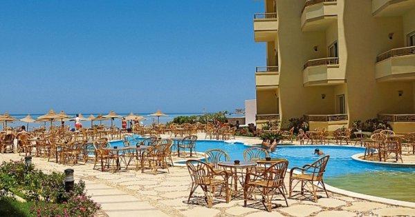Egypt: Hurghada z Bratislavy na 7 nocí s polopenzí za 8 390 Kč! Odlet již 19. 9. 2019!