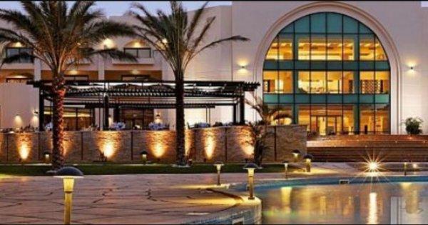 Egypt: Hurghada z Bratislavy na 7 nocí v 5* hotelu s All inclusive za 10 740 Kč! Odlet 29. 11.!