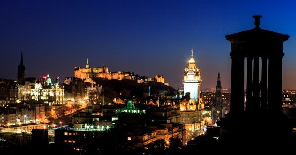 Z Prahy do Edinburghu v květnu již od 1 325 Kč/zpáteční letenka!