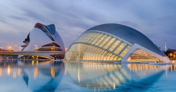 Španělsko: Valencie z Vídně v prosinci za 958 Kč/ zpáteční letenka! Pro členy WDC již od 575 Kč!