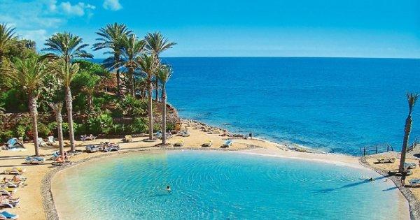 Fuerteventura z Prahy na 8 dní v luxusním hotelu s polopenzí za 13 490 Kč! Sleva 48 %!