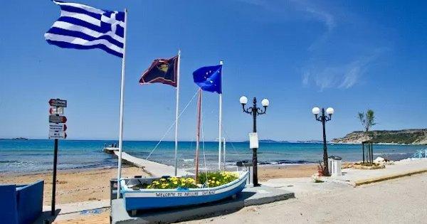 Řecko: Korfu z Prahy na 10 nocí se snídaněmi za 9 990 Kč! Odlet již 31. 7. 2019!
