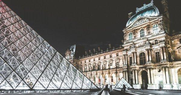 Poznávací zájezd do Paříže na 4 dny/ 1 noc v březnu za 2 220 Kč!
