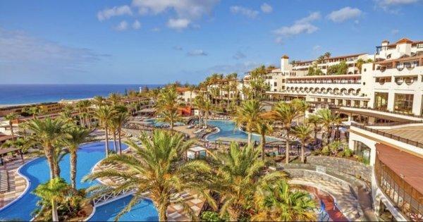 Kanárské ostrovy ve slevou 59 % z Prahy v nádherném 4* hotelu na 8 dní s All Inclusive za 10 990 Kč!