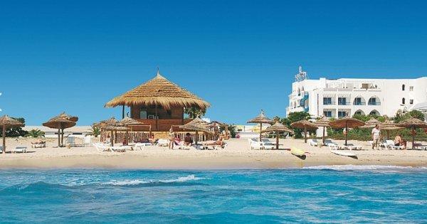 Tunisko: Nabeul z Brna na 7 nocí s polopenzí za7 990 Kč! Odlet 26. 8. 2019!