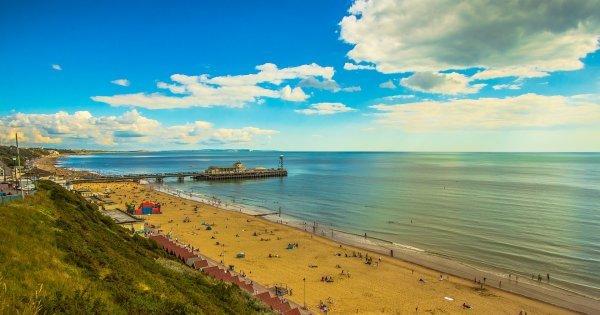 Z Prahy na anglické pobřeží do Bournemouth již od 778 Kč/zpáteční letenky!