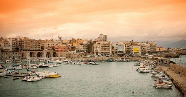 Zpáteční letenka na Krétu jen za 3 713 Kč v červnu 2015