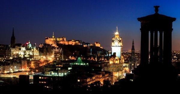 Skotsko: Edinburgh z Prahy v červnu za 1 785 Kč/ zpáteční letenka!