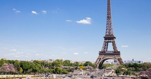 Paříž na přímém letu z Prahy za 2 090 Kč