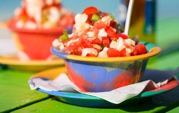 Bahamská kuchyně – nejznámější jídla, pití a jejich ceny