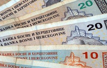 Čím platit v Bosně a Hercegovině, kurz, směnárny, bankomaty a ceny potravin 2020/2021
