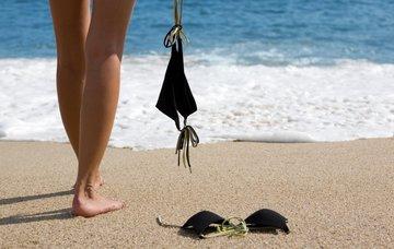 Nudistické pláže v Česku: 12 tipů na koupání bez mokrých plavek