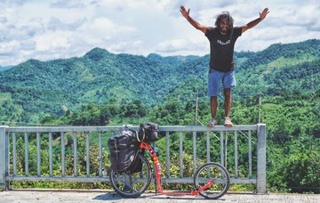 9 000 km na koloběžce napříč Asií