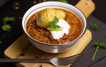 Maďarská kuchyně – nejznámější jídla, pití a jejich ceny