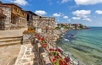 14 bulharských letovisek od severu až na jih, která stojí za návštěvu