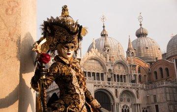 Karneval v Benátkách: Prožijte bujaré veselí na vlastní kůži