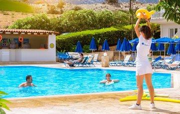 Neseďte doma! Spojte užitečné s příjemným a vyjeďte za letní prací do ciziny