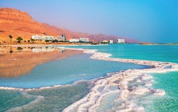 Tipy na aktivity v Jordánsku – blahodárné Mrtvé moře a pouště