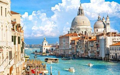 Tipy na podzimní poznávací zájezdy: Za romantikou do Benátek i za krásami severských metropolí