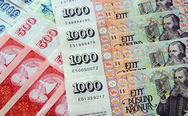Jak a čím platit na Islandu – měna, bankomaty, směnárny a ceny