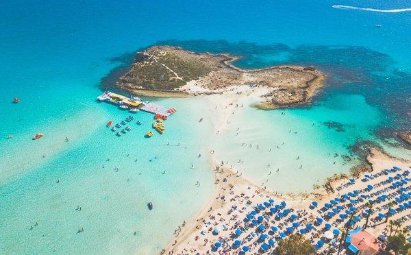 Tipy na aktivity na Kypru – rozmanité pláže, památky a nákupy
