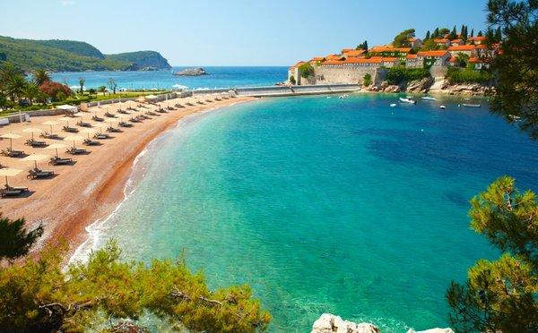 Letos zapomeňte na Chorvatsko a dejte šanci nejenom plážím v Černé Hoře