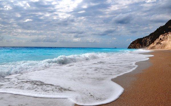 Neobvyklé řecké pláže: Je libo opuštěný kousek země nebo svatební kapli?