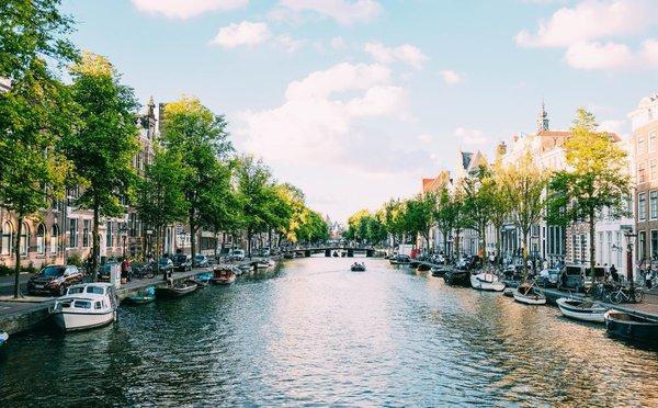 Tipy na aktivity v Nizozemsku – historická místa, slavná muzea a nákupy