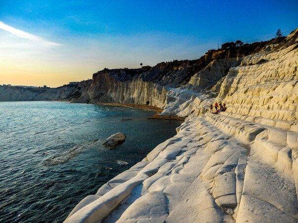 Pláž Scala dei Turchi na Sicílii